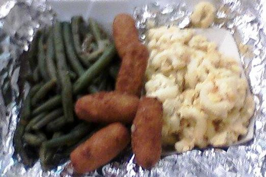 Q Shack string beans, hush puppies and macaroni and cheese. Photo by Danielle Cushing